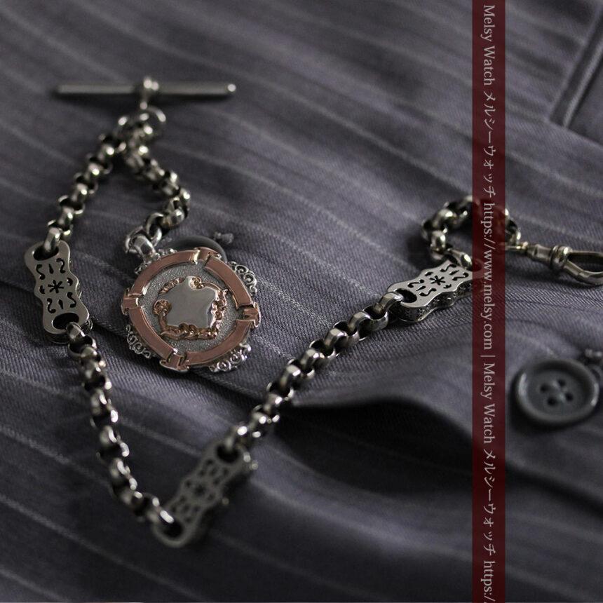 雰囲気の良いアンティークチェーンと2色の銀無垢飾り-C0478-2
