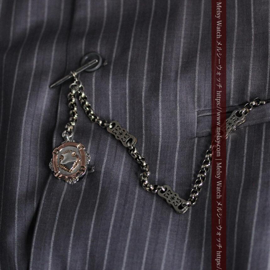 雰囲気の良いアンティークチェーンと2色の銀無垢飾り-C0478-4