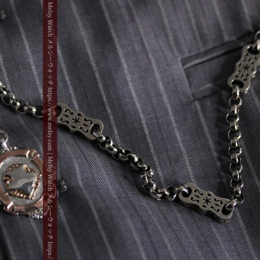 雰囲気の良いアンティークチェーンと2色の銀無垢飾り-C0478-5