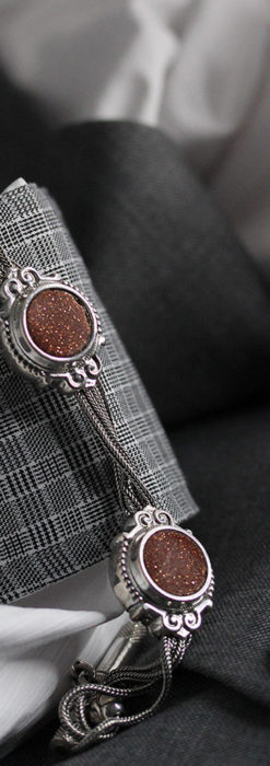 立体的な丸い石飾りの付いたアンティーク銀無垢チェーン-C0479-1