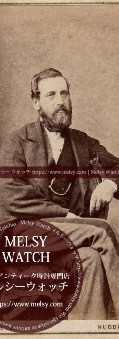 髭を蓄え足を組む男性 【1900年頃】 懐中時計チェーン