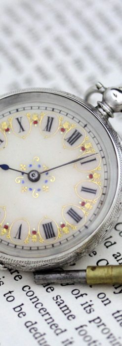 スイス製の銀無垢アンティーク懐中時計-P2200-1