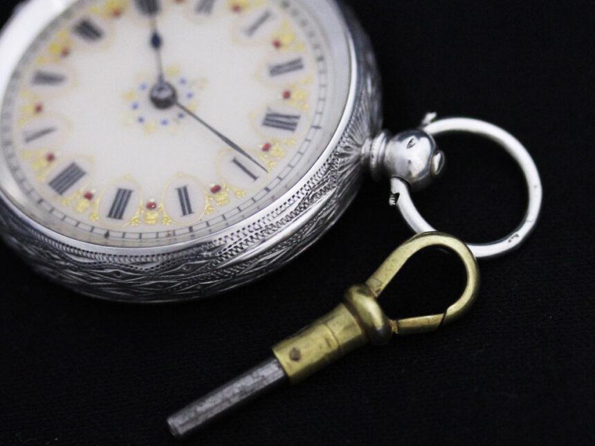 スイス製の銀無垢アンティーク懐中時計-P2200-11