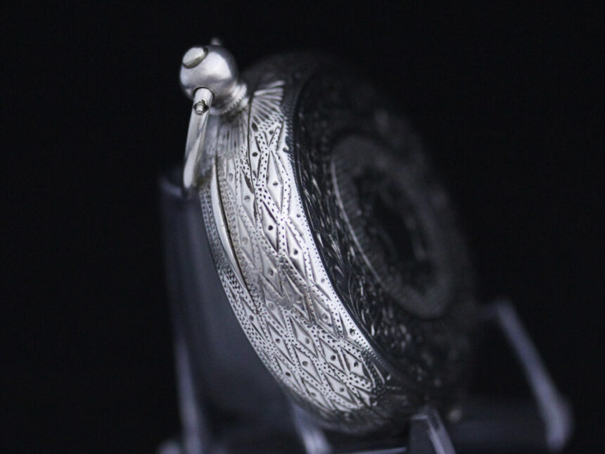 スイス製の銀無垢アンティーク懐中時計-P2200-13