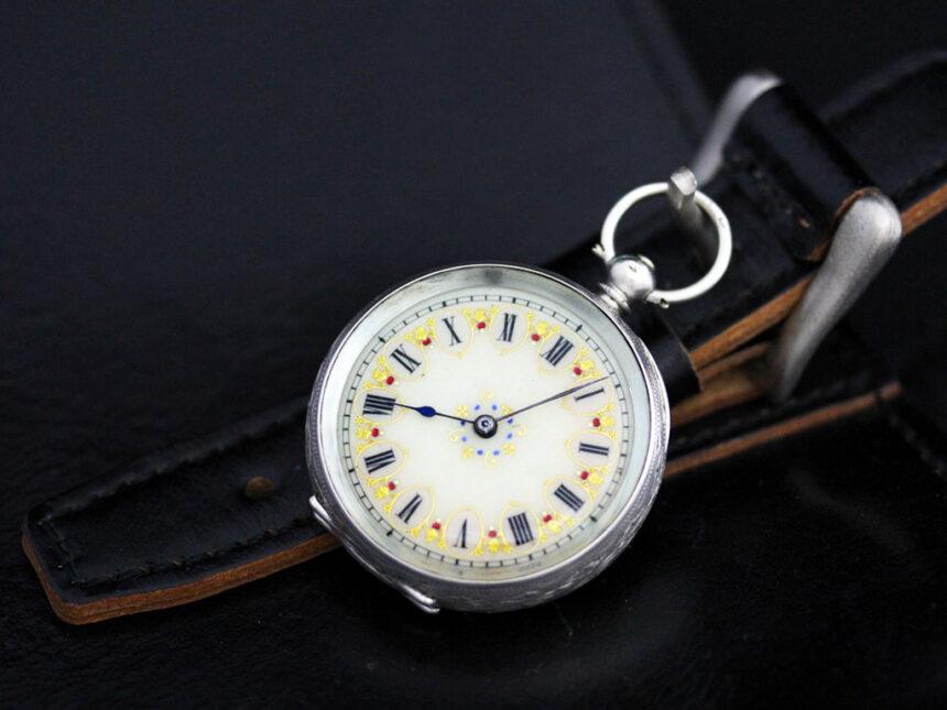 スイス製の銀無垢アンティーク懐中時計-P2200-3