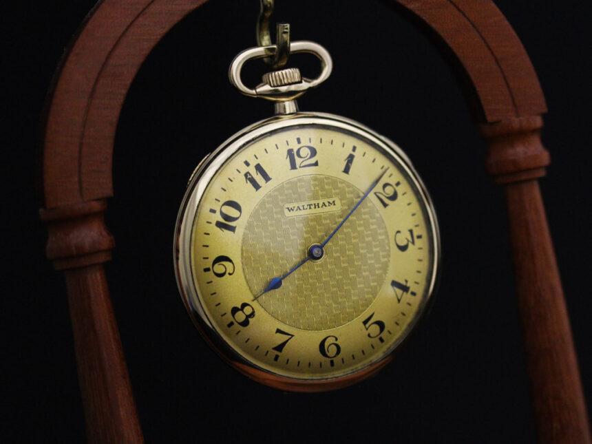 ウォルサムのアンティーク懐中時計-P2218-1