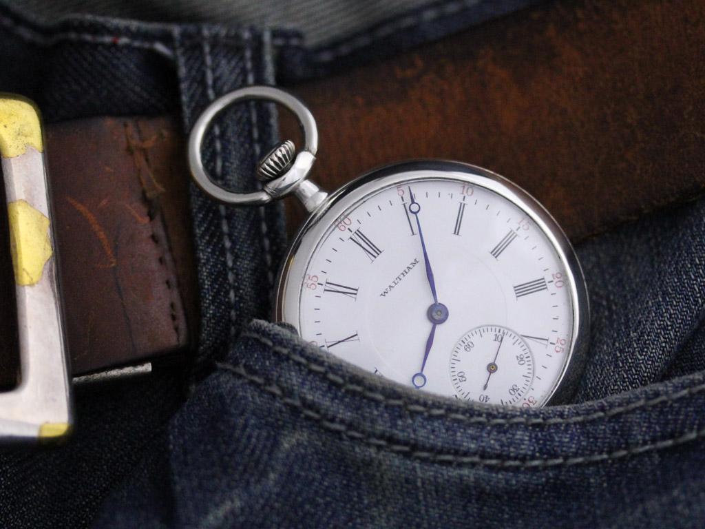 ウォルサムの銀無垢アンティーク懐中時計-P2219-2