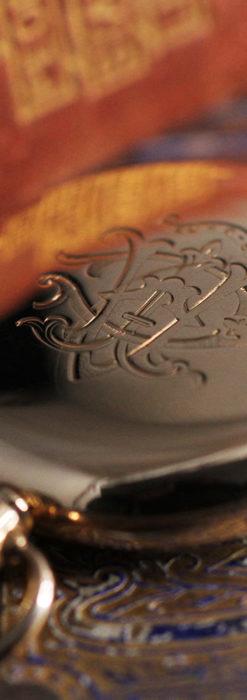 ロレックスの彫りと雰囲気の良い金無垢アンティーク懐中時計【1923年頃】-P2264-9