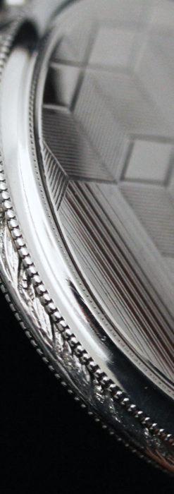 オメガの幾何学デザインのお洒落な銀無垢アンティーク懐中時計 【1934年製】-P2270-15