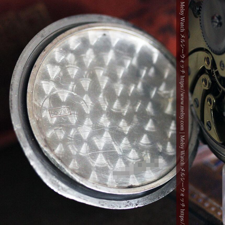 黒金装飾と彫りが美しいロンジンの銀無垢アンティーク懐中時計 【1905年製】革紐付き-P2274-23