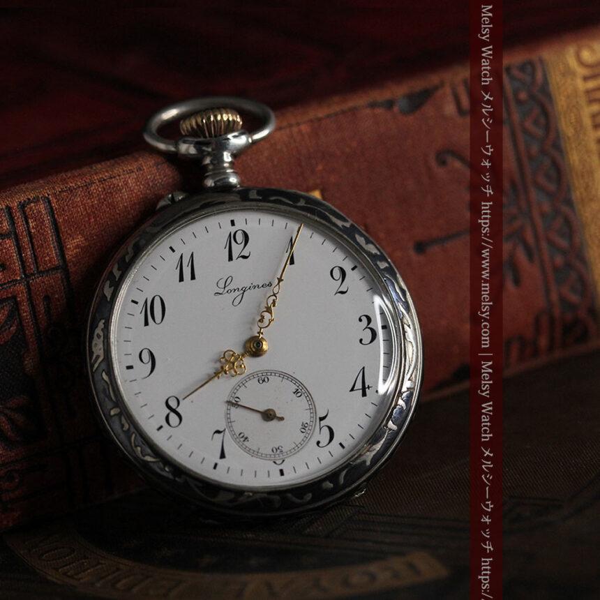 黒金装飾と彫りが美しいロンジンの銀無垢アンティーク懐中時計 【1905年製】革紐付き-P2274-4