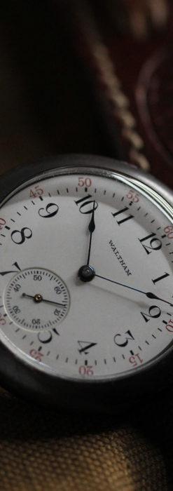 ウォルサムのガンメタルの渋いアンティーク懐中時計 【1909年製】-P2276-2