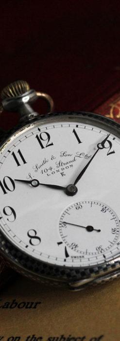 市松模様の黒金装飾 英国スミスの銀無垢懐中時計 【1900年頃】-P2278-2
