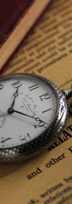 市松模様の黒金装飾 英国スミスの銀無垢懐中時計 【1900年頃】-P2278-4