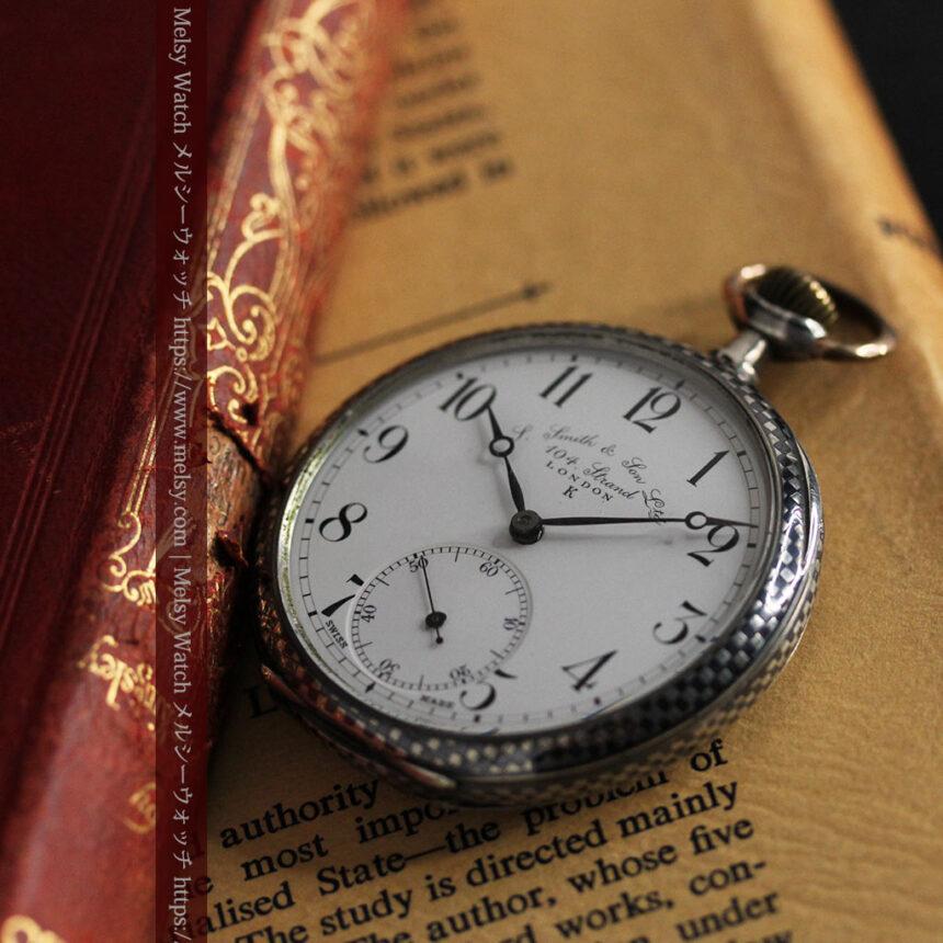 市松模様の黒金装飾 英国スミスの銀無垢懐中時計 【1900年頃】-P2278-6