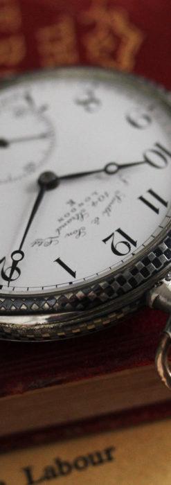市松模様の黒金装飾 英国スミスの銀無垢懐中時計 【1900年頃】-P2278-9
