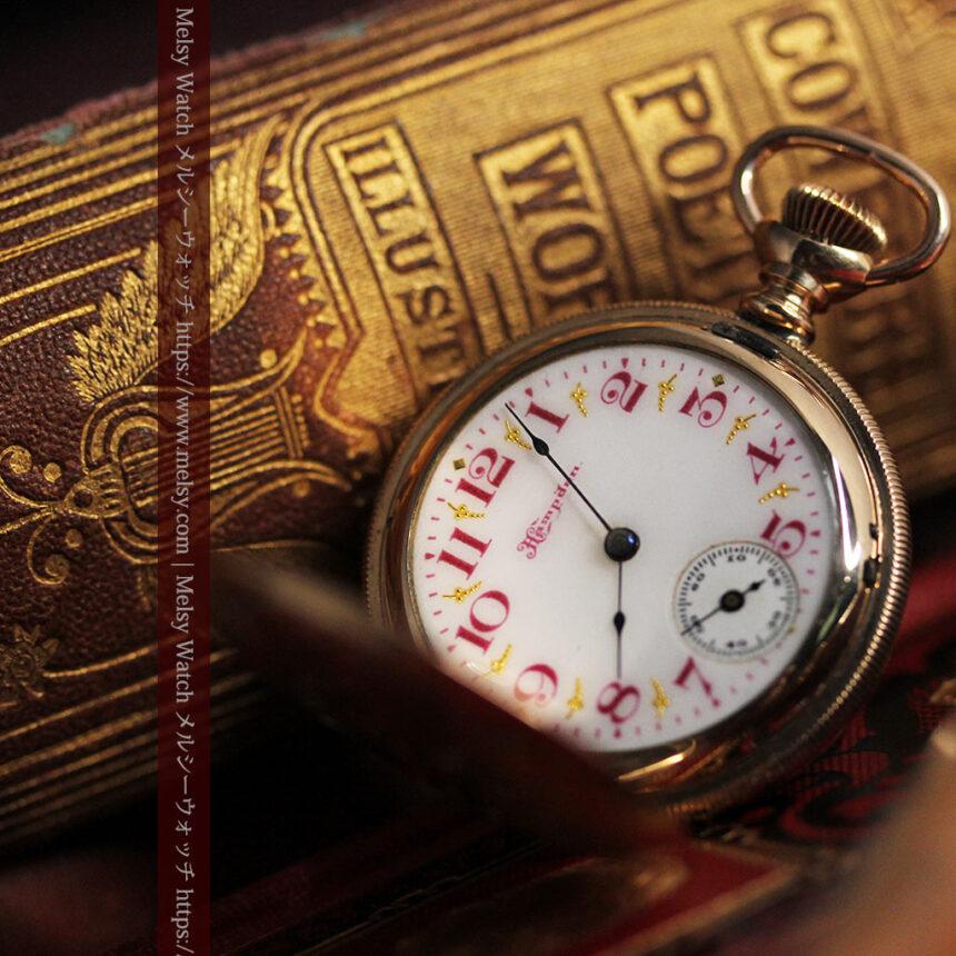 ワインレッドと金彩装飾 ハンプデンのアンティーク懐中時計 【1908年製】-P2288-12