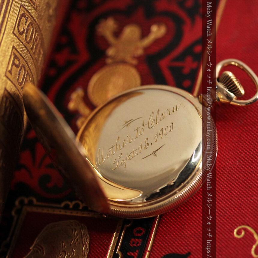 ワインレッドと金彩装飾 ハンプデンのアンティーク懐中時計 【1908年製】-P2288-15