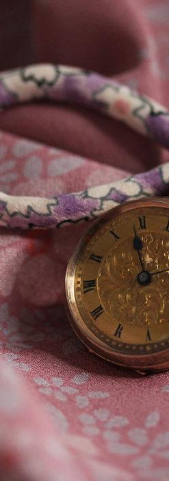 装飾の綺麗なスイス製の金無垢アンティーク懐中時計 【1913年製】-P2295-6