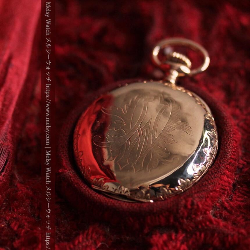 オメガ 彫りと装飾の美しい14金無垢アンティーク懐中時計 【1907年製】-P2296-11