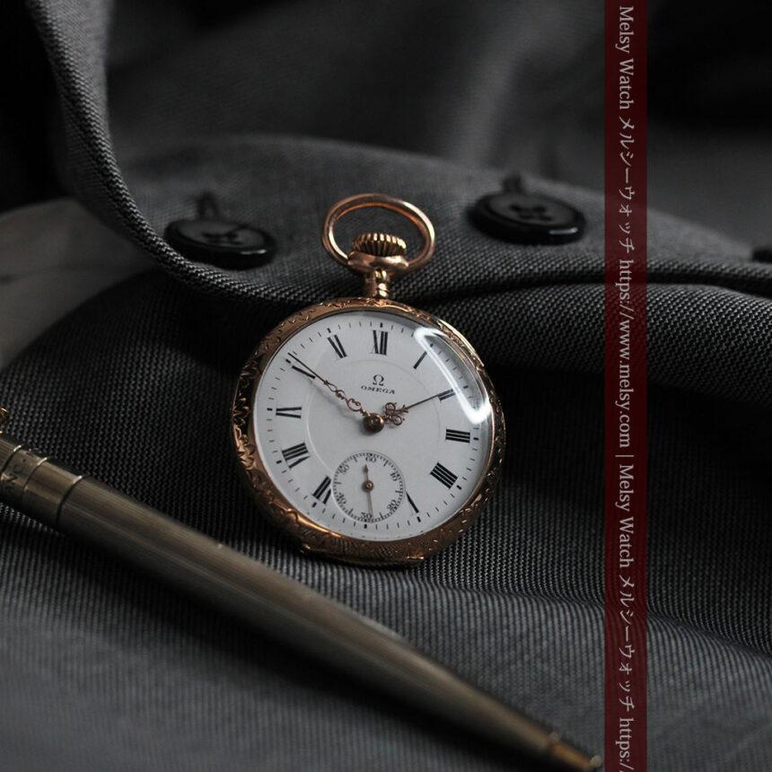 オメガ 彫りと装飾の美しい14金無垢アンティーク懐中時計 【1907年製】-P2296-4