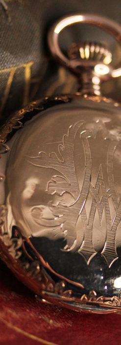 オメガ 彫りと装飾の美しい14金無垢アンティーク懐中時計 【1907年製】-P2296-9