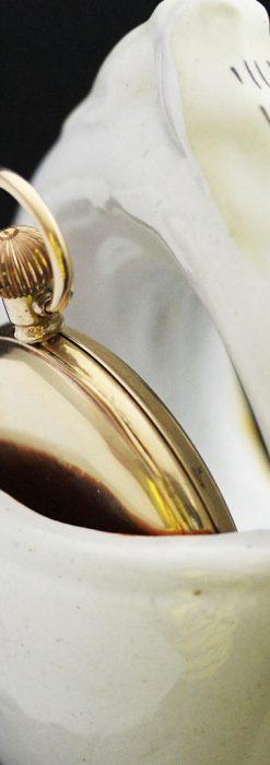 スタッフォードシャーの乙女3人の懐中時計用アンティークスタンド-S0825-11