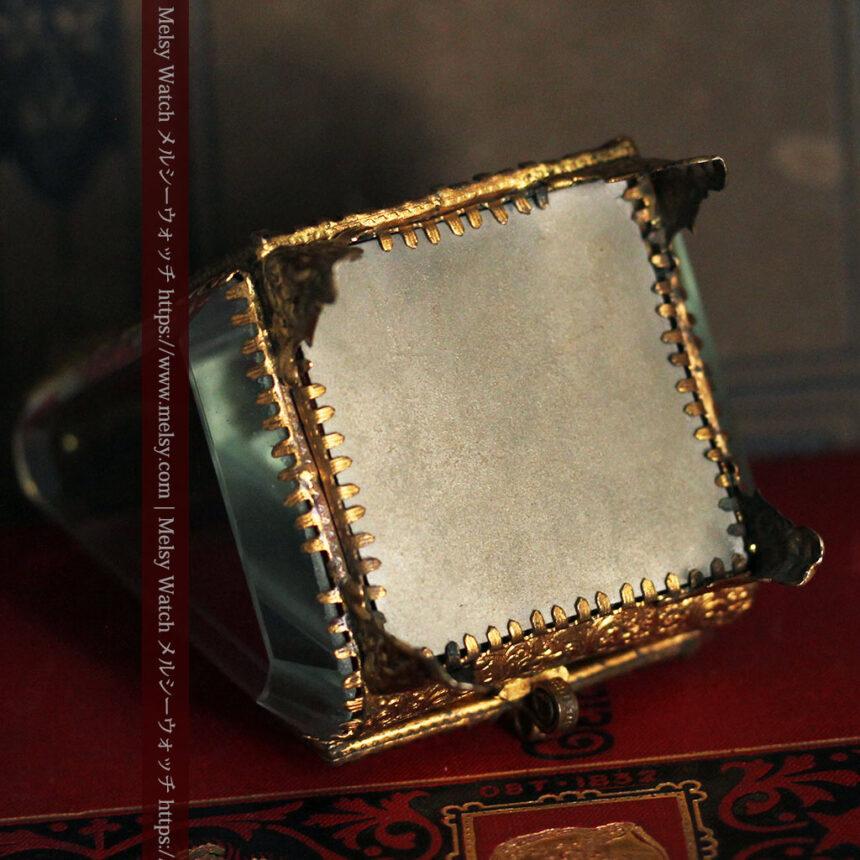 懐中時計収納用ガラスケース 装飾入り三角形-S0843-14