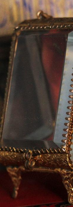 懐中時計収納用ガラスケース 装飾入り三角形-S0843-3