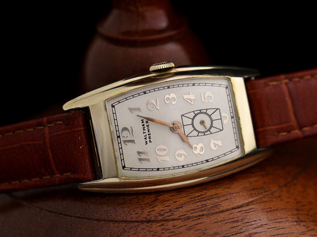 ウォルサム腕時計-W1028-2