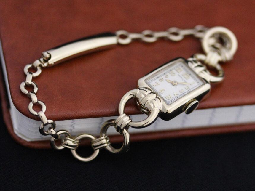 ハミルトンのアンティーク腕時計-W1370-2
