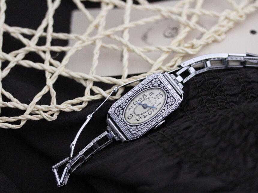 エルジンのアンティーク腕時計-W1379-1