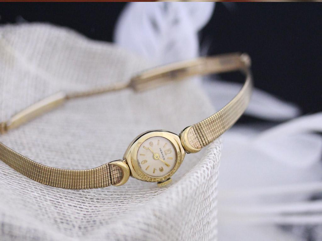 エルメスの女性用アンティーク腕時計-W1395-2