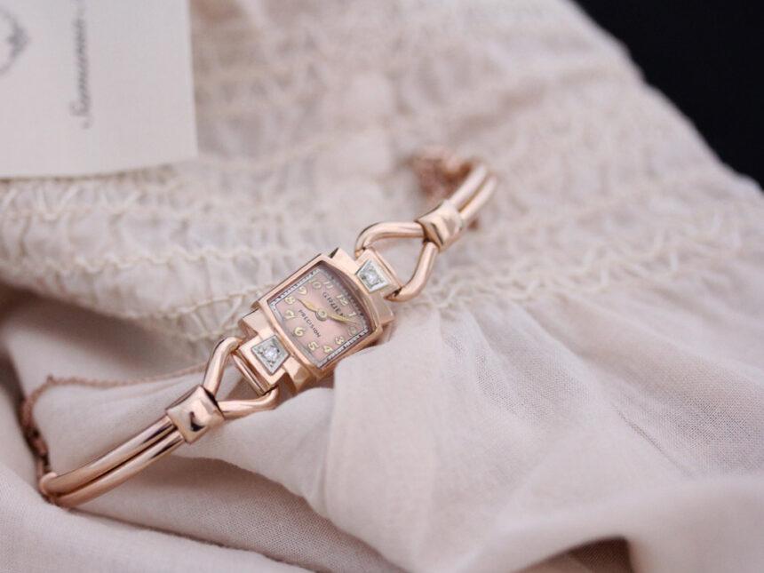 グリュエンの女性用アンティーク腕時計-W1396-1