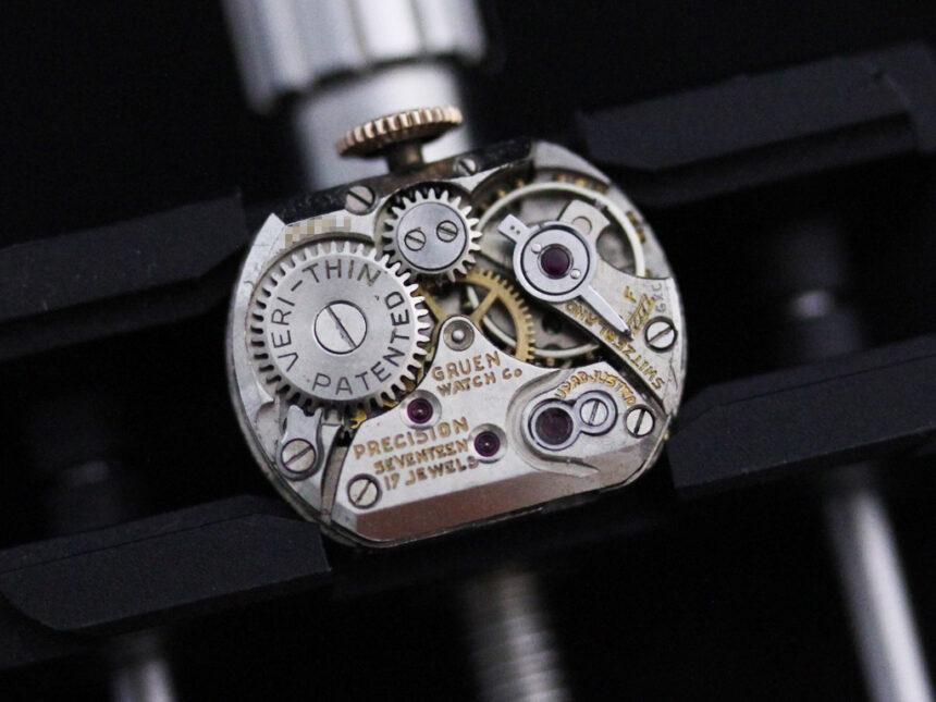 グリュエンの女性用アンティーク腕時計-W1396-18