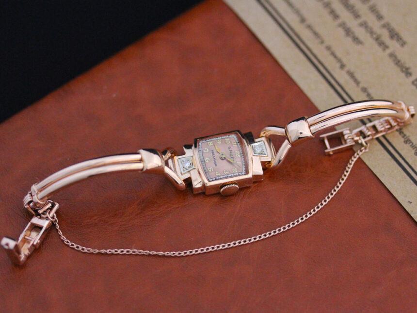 グリュエンの女性用アンティーク腕時計-W1396-7