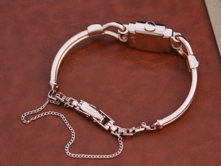 グリュエンの女性用アンティーク腕時計-W1396-8