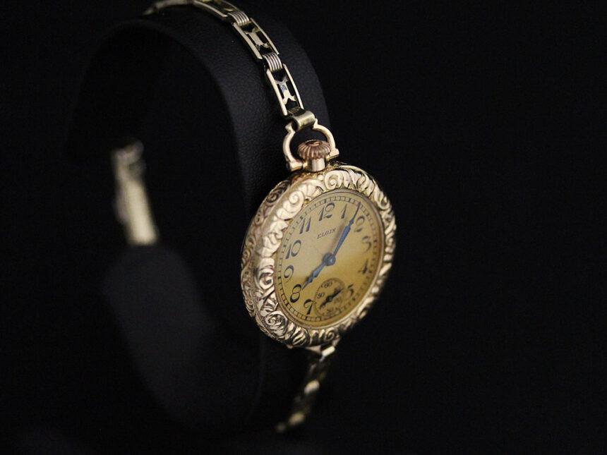 エルジンのアンティーク腕時計-W1402-5