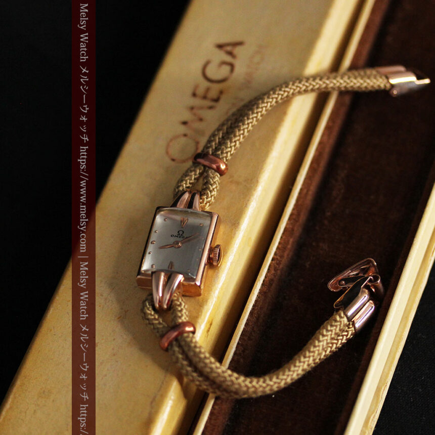 オメガ 金無垢ローズゴールドの女性用アンティーク腕時計 【1946年製】箱付き-W1186-11