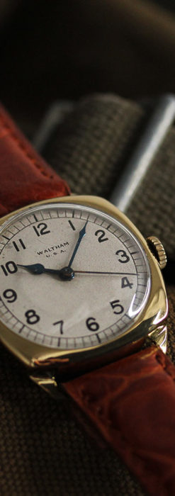 英国ウォルサム クッション型の金無垢アンティーク腕時計 【1946年頃】-W1214-1