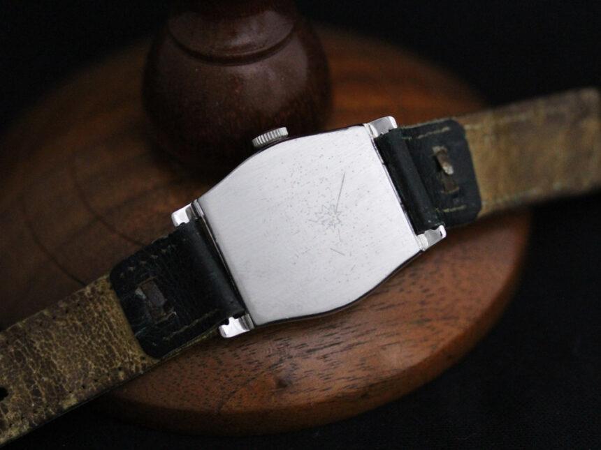 ユンハンスのアンティーク腕時計-W1425-11