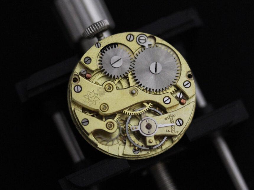 ユンハンスのアンティーク腕時計-W1425-26