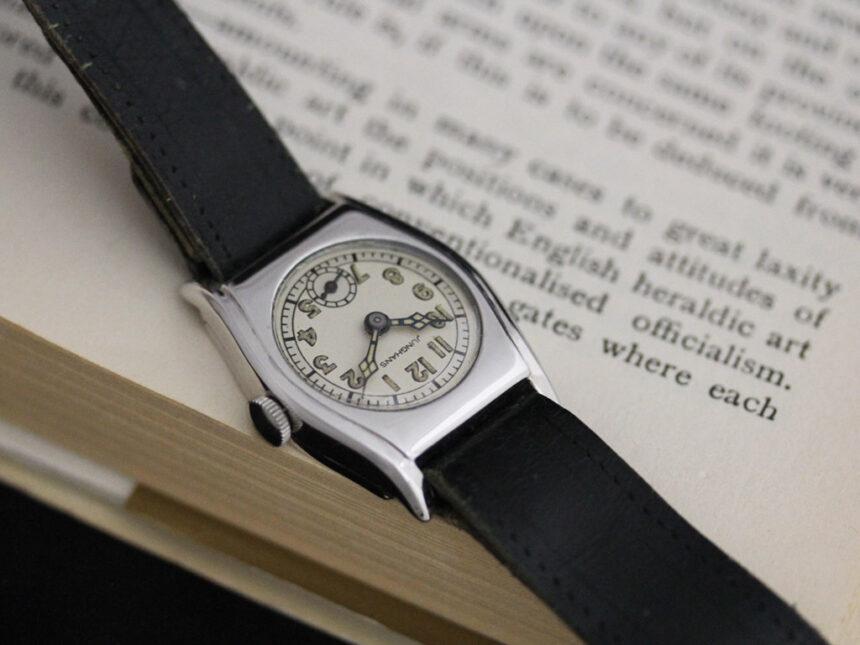 ユンハンスのアンティーク腕時計-W1425-3