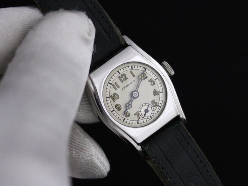 ユンハンスのアンティーク腕時計-W1425-5