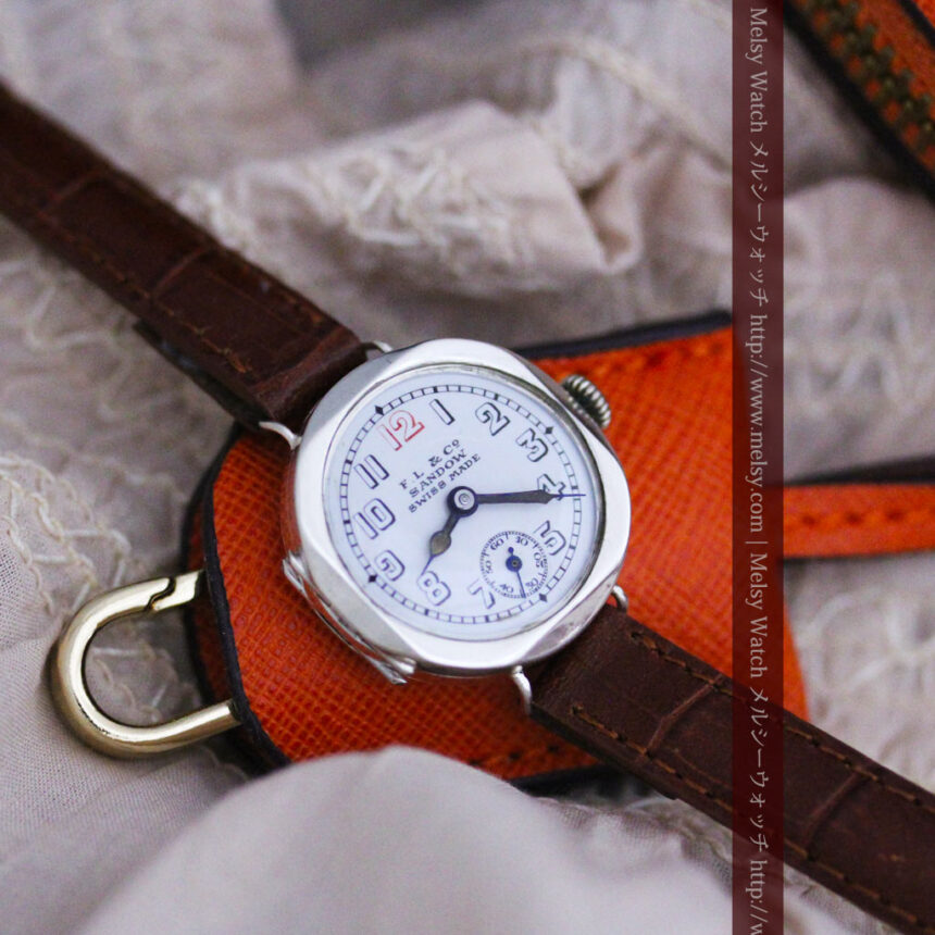 スイス製のアンティーク腕時計-W1433-1