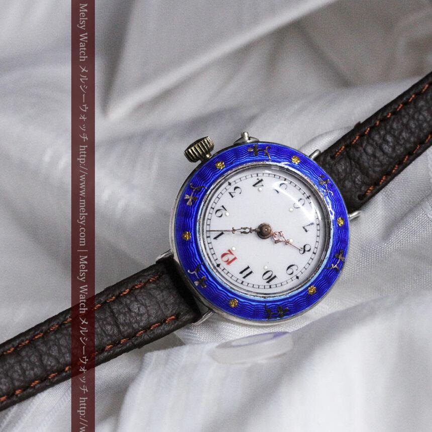 青いエナメル装飾の銀無垢アンティーク腕時計-W1441-5