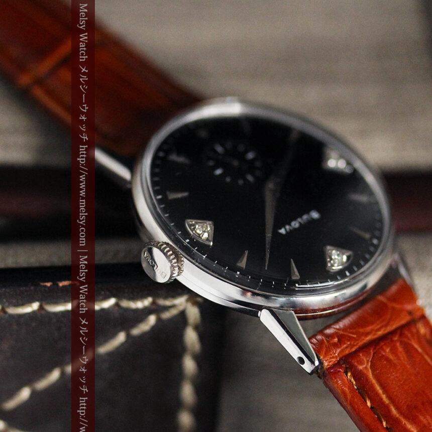 黒にダイヤモンドの映えるブローバの1954年製のアンティーク腕時計-W1447-10