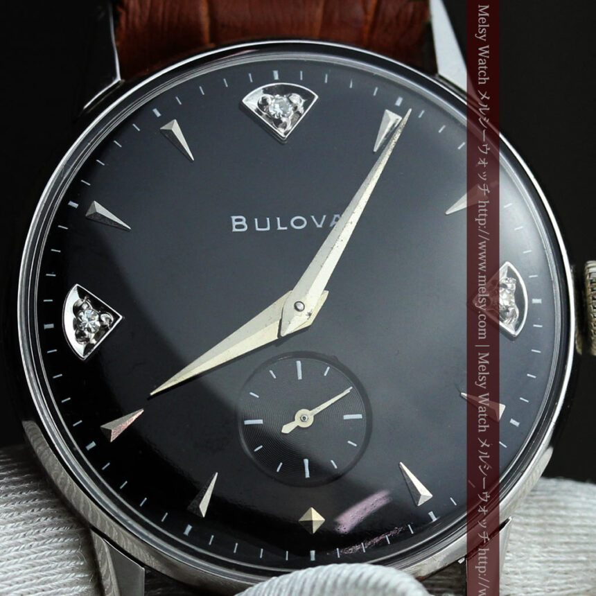 黒にダイヤモンドの映えるブローバの1954年製のアンティーク腕時計-W1447-11