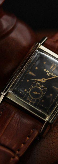 グリュエンの少し小さめの黒文字盤のアンティーク腕時計-W1459-6