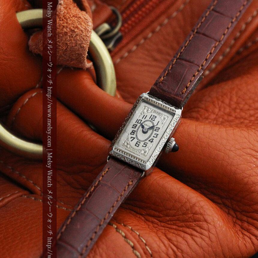 個性の光るグリュエン 女性用アンティーク腕時計【1920年頃】-W1464-2